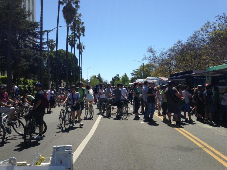 biking, cycling, ciclavia, biking in los angeles