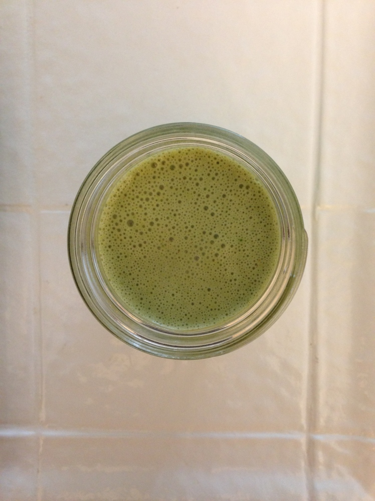 green smoothies, green smoothie recipes, favorite green smoothies, easy smoothie recipes, healthy smoothies, smoothie ideas, smoothie recipes, how to make a green smoothie, how to make a smoothie, what to put in a green smoothie