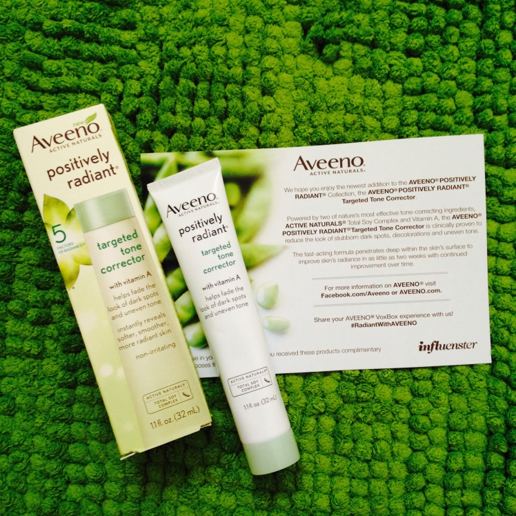 aveeno positively radiant targeted tone corrector, aveeno targeted tone corrector, aveeno reviews, targeted tone corrector review, aveeno targeted tone corrector review, sun spots, uneven skin tone, correcting sun spots and uneven skin tone, voxbox, influenster