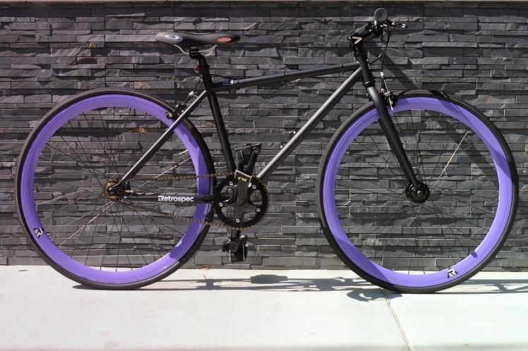 single speed bike, retrospec bike, mantra fixie, just ride la, how to decide which bike to buy, where to buy bike in la, best bike shop in la, los angeles bike shop, customized single speed bike, customized retrospec bike, midnight, matte black bike, black and purple bike